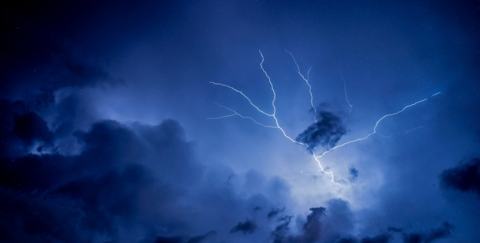 Moving Long Distance During Arizona's Monsoon Season and What To Expect